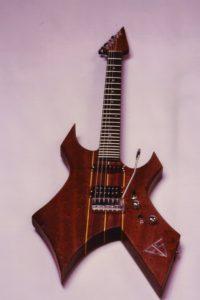 Gitarrenbau Christian Stoll 1984: Erste Sonderanfertigung