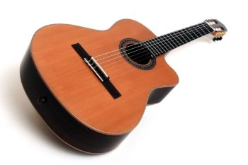 nylonsaiten klassische gitarre modern cutaway klang gitarrenbauer Christian stoll