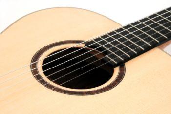 crossover klassik gitarre 14 bund crossover großer korpus gitarrenbauer stoll